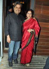Vishal Bharadwaj with wife