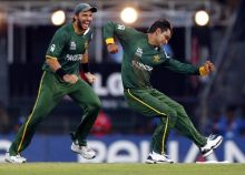 Pakistan become the only team to reach fourth straight World Twenty20 semis.