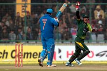 India vs Pakistan, third ODI, Ferozeshah Kotla: The fall and the rise