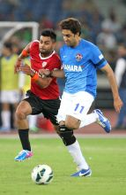 (From Left) Virat Kohli and Abhishek Bachchan