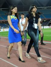 (Left) Sakshi Dhoni