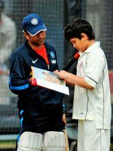 Sachin Tendulkar with his son-Arjun.