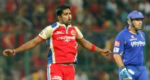 From left: Vinay Kumar and Brad Hodge