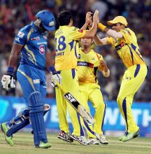 From left: Dwayne Smith and CSK players
