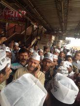 Manish Sisodia reaches Varanasi