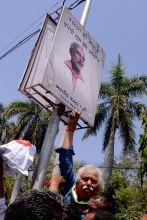 Modi-Mistry poster war in Vadodara
