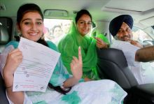 Punjabs Deputy CM Sukhbir Singh Badal with his wife and daughter