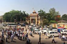Varanasi gears up for Kejriwal-Modi face-off