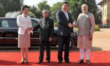 Xi meets President Pranab Mukherjee