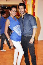 Resshmi Ghosh and Amit Tandon
