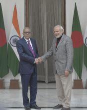 Narendra Modi meets Bangladesh President Md. Abdul Hamid