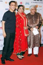 (L-R) Vidhu Vinod Chopra, Shabana Azmi and Javed Akhtar at the 17th Mumbai Film Festival