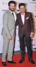 Anil Kapoor (L) and Manoj Bajpayee at the 17th Mumbai Film Festival