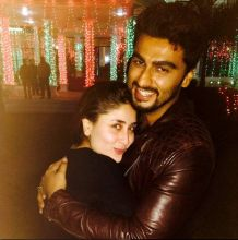 Kareena Kapoor and Arjun Kapoor at Saifai Mahotsav