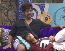 Inside the Bigg Boss house, Suyyash acted like a perfect boyfriend, and let him get overshadowed by girlfriend Kishwer, but he claims he's the adult one in the relationship and is protective about his girlfriend.
