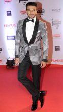 Filmfare Awards red carpet 2016