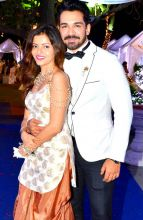 Lovebirds Rubina Dilaik and Abhinav Shukla pose for the cameras.