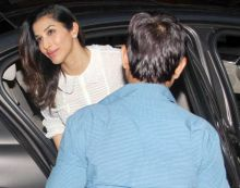 Sophie Choudry at Sanjay Dutt's residence in Mumbai