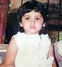 This sweet little girl is Sriti Jha who plays Pragya in Kumkum Bhagya.