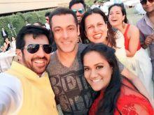 Kabir Khan, Salman Khan at Arpita Khan's baby shower