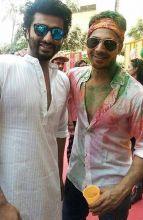 Arjun Kapoor (L) and Varun Dhawan