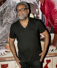 R Balki at the screening of Ki and Ka