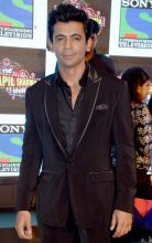 Gutthi aka Sunil Grover might be unrecognisable to some people, who are used to seeing him in a disguise.