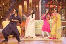 Krushna Abhishek aka Pappu Singh shakes a leg with the ladies--Jigyasa Singh, Meera Deosthale and Toral Rasputra.