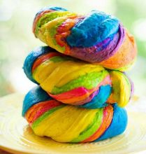 Rainbow bagels are bright and delicious. It's a pity the colours aren't natural.