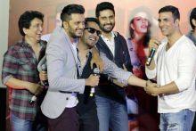 (L-R) Sajid Nadiadwala, Riteish Deshmukh, Mika Singh, Abhishek Bachchan and Akshay Kumar