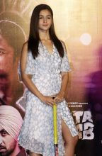 Alia Bhatt at Ikk Kudi song launch