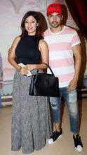 Telly couple Gurmeet Choudhary and Debina Bonnerjee rock the simple look.