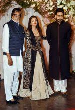 Amitabh Bachchan, Aishwarya Bachchan and Abhishek Bachchan