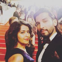 Avika Gor and Manish Raisinghan pose for the shutterbugs. We must say, they look lovely on the red carpet.