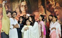 Sarabjit Singh's family with the team of Sarbjit