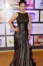 Hina Khan looked classy in her black and red gown.