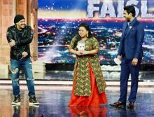 Bharti Singh and Sidharth Shukla carry Sultan masks.