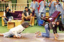 Varun Dhawan, John Abraham, Sunil Grover, and Jacqueline Fernandez