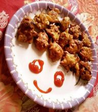 Don't pakoras always manage to get a smile on your face?