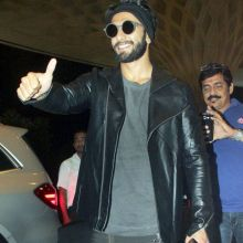 Ranveer Singh was clicked at the Mumbai international airport