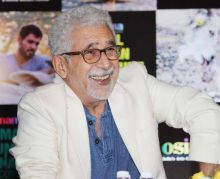 Naseeruddin Shah was clicked in Mumbai at an interaction.