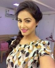 Hina Khan bagged Yeh Rishta Kya Kehlata Hai when she was least expecting it. She was out with her friends one day and tried her luck by auditioning for the role. The next day she got a call that she was selected to play Akshara in the soap.