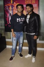 Sushant and Shabir pose for the shutterbugs.