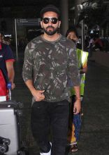Ayushmann Khurrana at the Mumbai international airport