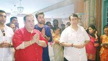 Ranbir Kapoor with Randhir Kapoor and Rajiv Kapoor at Ganesh Chaturthi celebrations