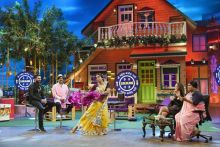 TKSS team plays the Bhojpuri version of KBC with Yuvraj and Hazel.