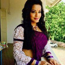 Apart from Bhojpuri films, Mona has done various regional movies in Oriya, Tamil, Kannada and Telugu.