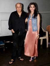 Daddy's darling: Alia Bhatt with Mahesh Bhatt.