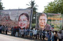 Jayalalithaa supporters
