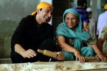 Celebrity chef Vikas Khanna, who hails from Amritsar, makes a point of helping out at the Golden Temple's community kitchen whenever he's in town.